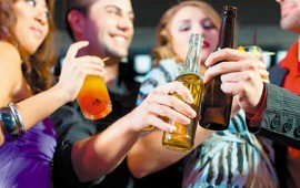 7-puntos-que-te-haran-considerar-si-eres-bebedor-social-o-alcoholico