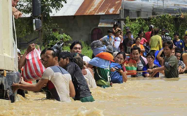 aumentan-a-35-los-muertos-en-filipinas-por-tifon-koppu
