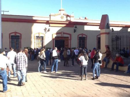 trabajadores-del-ayuntamiento-de-compostela-denuncian-despido-injustificado