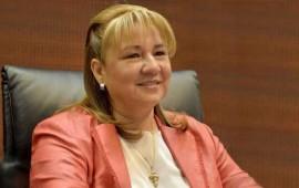 felicita-margarita-flores-al-gobernador-roberto-sandoval-por-su-4to-informe