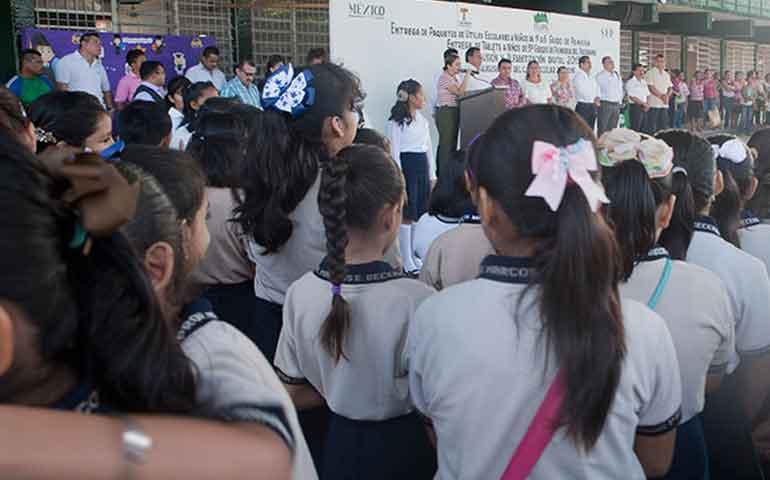 habra-descuentos-y-sanciones-a-maestros-que-no-laboren-el-12-de-octubre