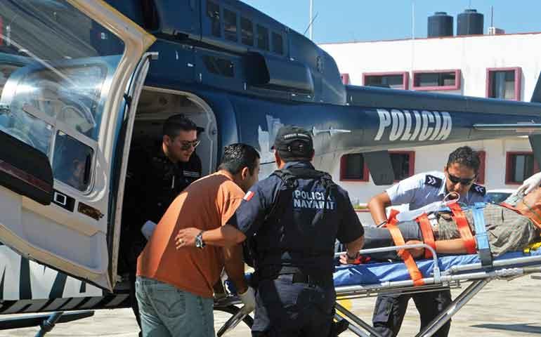 helicoptero-el-apache-salva-la-vida-de-profesor