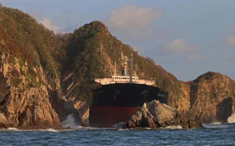 marina-y-profepa-vigilan-posible-derrame-de-hidrocarburo-por-patricia