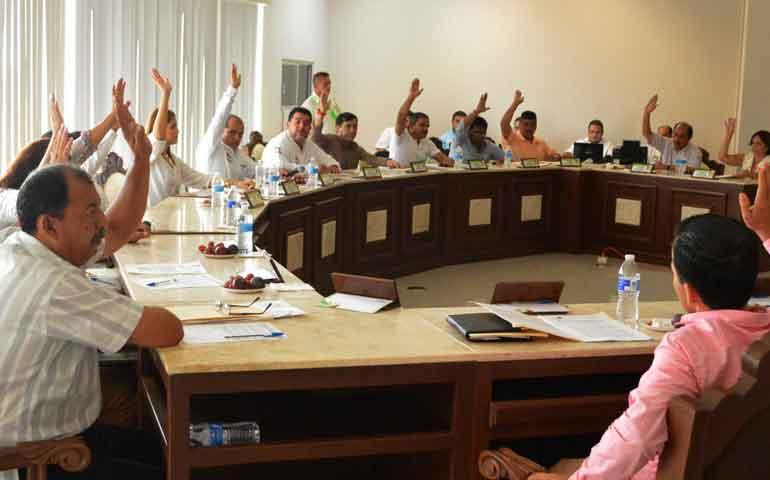 respaldan-garantia-de-600-mil-pesos-a-favor-de-ganaderos-de-bahia-de-banderas
