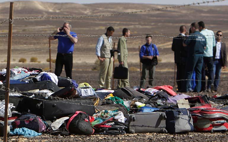 encuentran-cajas-negras-de-avion-ruso-estrellado-en-egipto