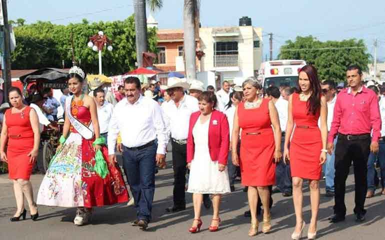 festejo-santa-maria-del-oro-aniversario-de-la-revolucion-mexicana