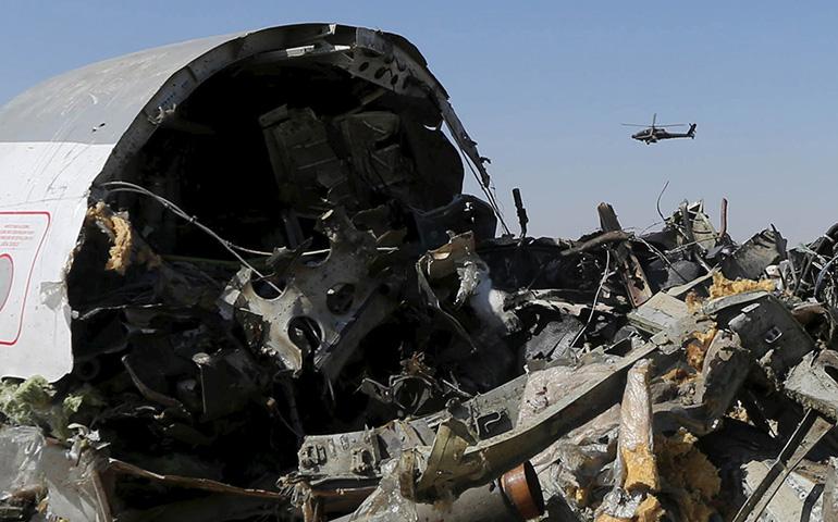 investigadores-dan-por-sentado-que-una-bomba-estallo-en-avion-ruso