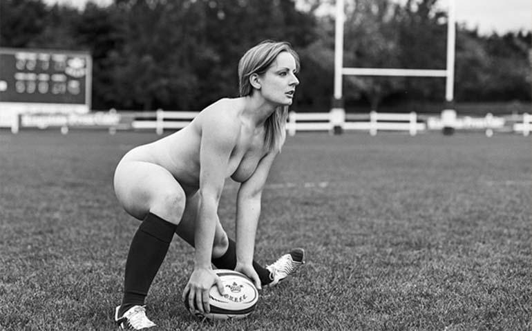 jugadoras-de-rugby-se-desnudan-para-combatir-la-anorexia