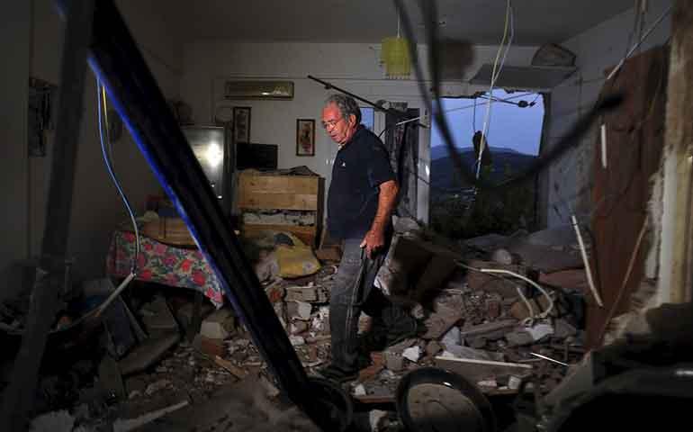 sismo-sacude-isla-en-grecia-al-menos-2-muertos