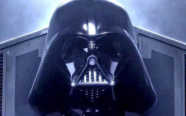video-star-wars-el-despertar-de-la-fuerza-es-clasificada-no-apta-para-menores