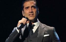 Alejandro Fernández demuestra no ser tan exigente como Luis Miguel