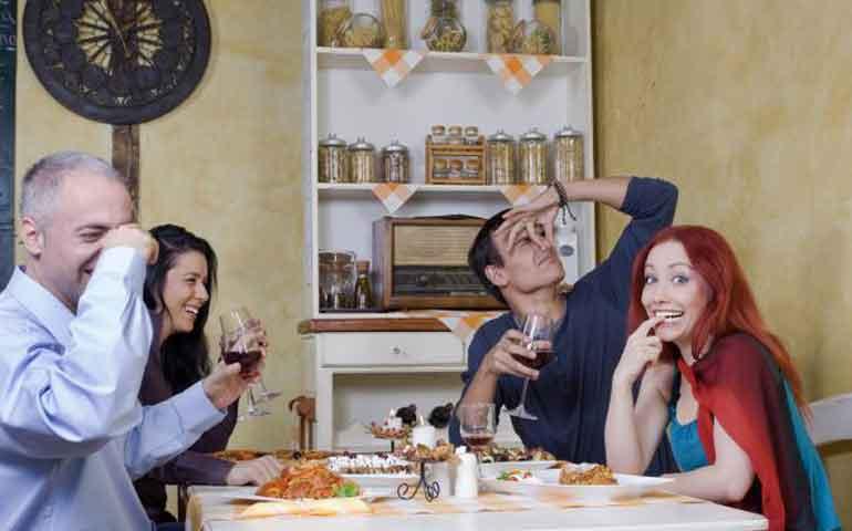 alimentos-a-evitar-si-no-quieres-empezar-el-ano-nuevo-en-el-bano