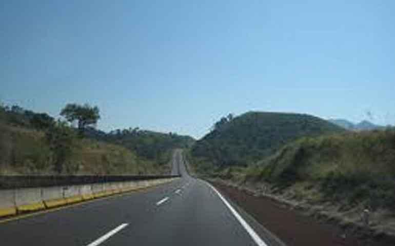 atropellan-y-matan-a-hombre-que-cruzaba-la-autopista-tepic-guadalajara