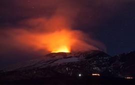 el-etna-registra-la-actividad-volcanica-mas-fuerte-de-los-ultimos-20-anos