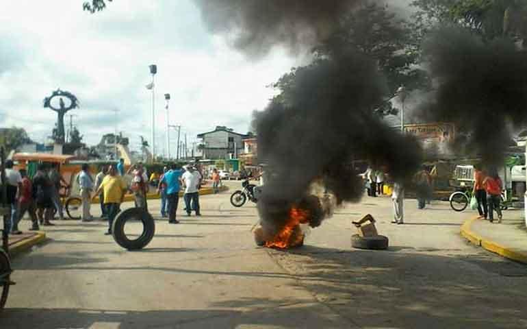 estallan-protestas-en-tabasco-por-pago-de-aguinaldos