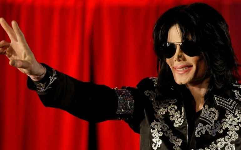 michael-jackson-vende-100-millones-de-copias-de-thriller-desde-el-panteon