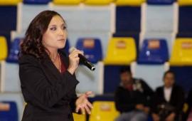 venciendo-retos-en-lo-familiar-y-laboral-con-ely-figueroa2