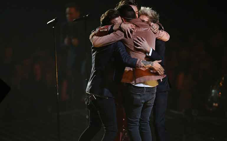 video-one-direction-se-despide-de-sus-fans-en-x-factor