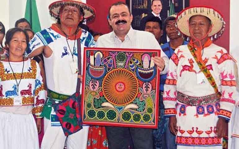 el-fiscal-escucha-se-compromete-y-cumple-movimiento-indigena-de-nayarit