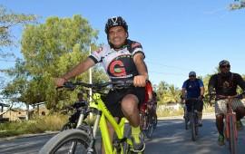 encabeza-jose-gomez-primer-paseo-ciclista-de-siempre-con-la-gente-a-c-del-2016