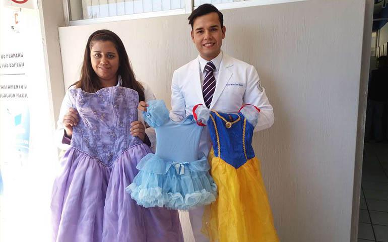 estudiantes-de-la-uan-inician-campana-febrero-de-princesas