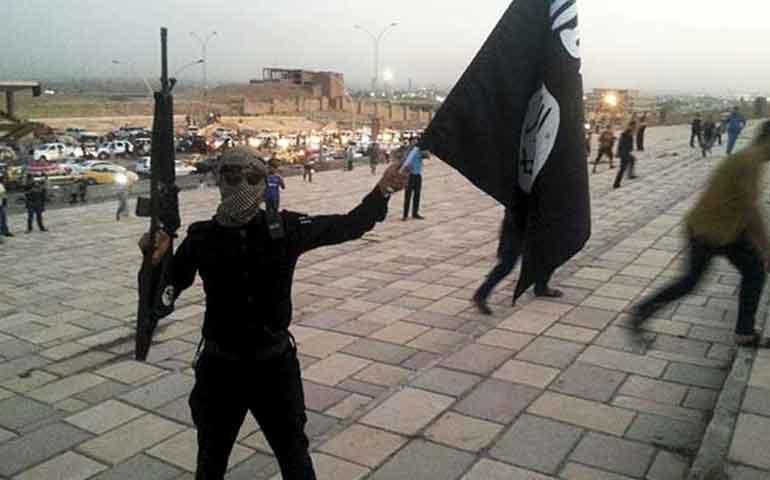 eu-bombardea-banco-central-del-estado-islamico