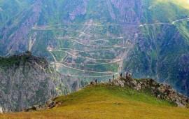 la-carretera-mas-peligrosa-del-mundo-esta-en-turquia