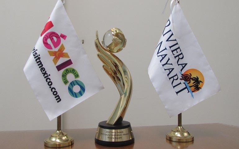riviera-nayarit-gano-como-mejor-destino-de-lujo-en-los-travvy-awards-2016