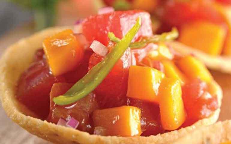 tostadas-de-atun-con-mango