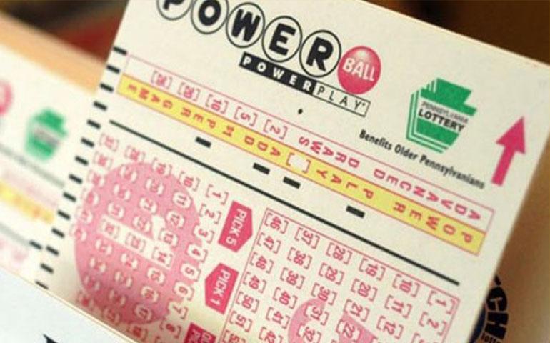 tres-personas-ganan-millonaria-loteria-en-eu