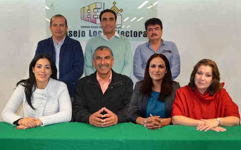 convoca-iee-al-seminario-visiones-imaginarios-y-realidades-de-la-politica-mexicana