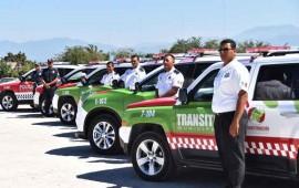 entrega-jose-gomez-unidades-nuevas-a-seguridad-publica-y-transito-municipal