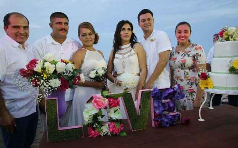 mas-de-cien-parejas-unieron-sus-vidas-en-matrimonios-colectivos