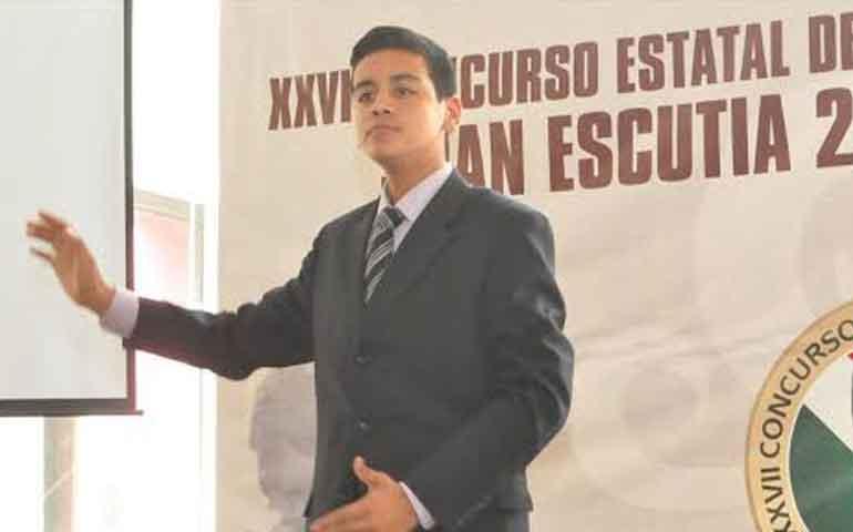 se-realiza-con-exito-el-concurso-estatal-de-oratoria-juan-escutia-2016