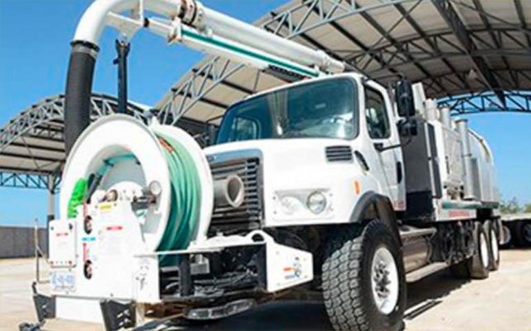 abastecen-de-equipo-de-emergencia-hidraulica-a-3-estados