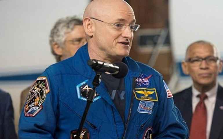 astronauta-scotty-kelly-crecio-cinco-centimetros-tras-volver-del-espacio