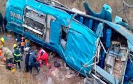autobus-que-volco-salio-de-la-regional-mixteca-con-jornaleros-oaxaquenos