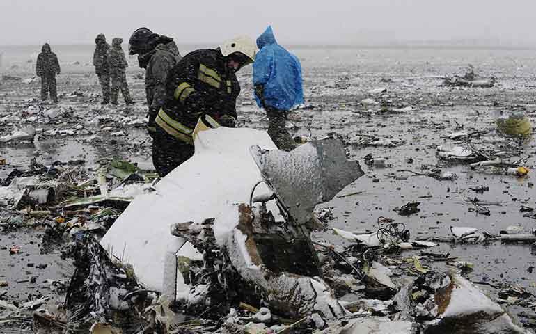 avion-de-pasajeros-choca-en-rusia-en-medio-de-mal-tiempo-62-muertos