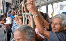 carmen-salinas-propone-metrobus-gratis-desde-los-60-anos