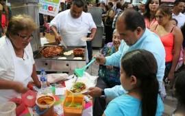 celebra-jose-gomez-dia-del-taco-en-san-juan-de-abajo