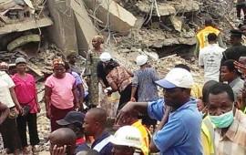 derrumbe-de-edificio-en-nigeria-deja-al-menos-30-muertos