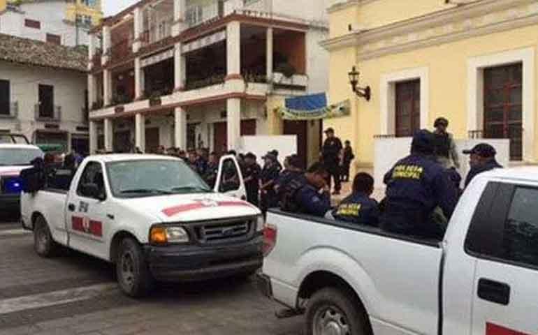 detienen-a-policias-por-jovenes-desaparecidos-en-papantla