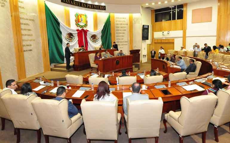 diputados-eligen-a-integrantes-de-la-nueva-mesa-directiva