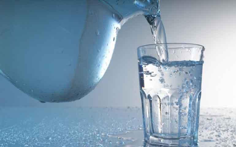 estados-unidos-podria-tener-el-primer-bar-donde-solo-se-sirve-agua