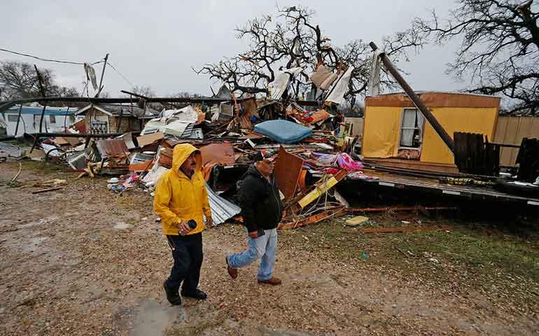 tormentas-azotan-texas-al-menos-un-muerto