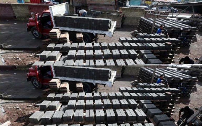 unam-crea-ladrillo-ecologico-con-residuos-de-construccion