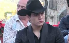 a-julian-figueroa-no-le-importo-muerte-de-empleado-tras-caida-en-su-rancho