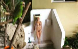 alejandra-guzman-posa-en-instagram-desnuda