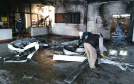 desconocidos-le-prenden-fuego-a-escuela-en-argentina
