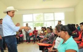 entrega-roberto-nuevas-aulas-de-preparatoria-en-santiago-ixcuintla